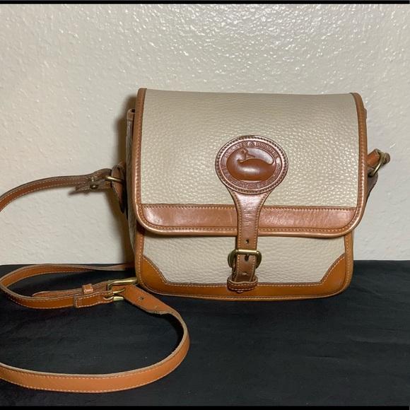 Dooney & Bourke Handbags - Dooney & Bourke Vintage Crossbody